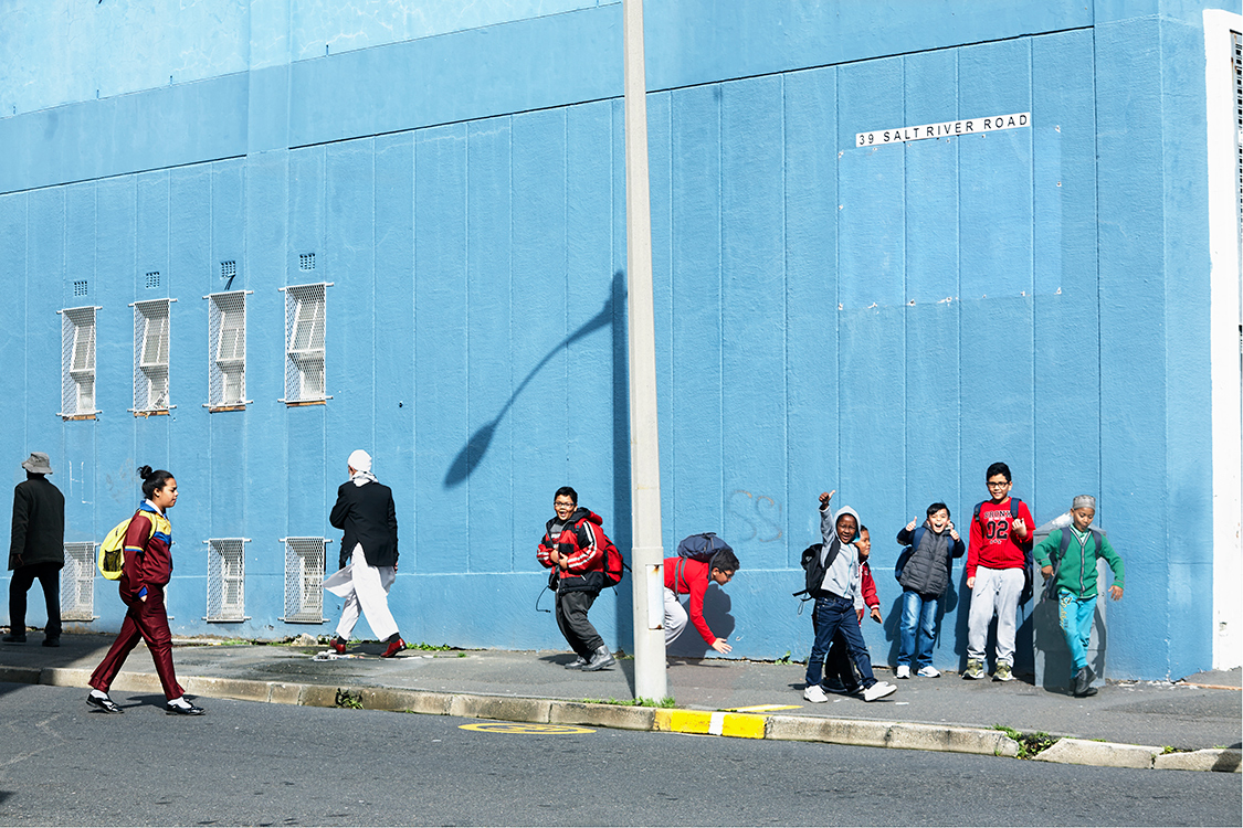 Walls and people of Cape Town